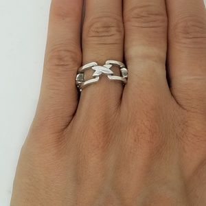 Tiffany & Co signature x link ring size 4.5